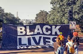 Tasse sui ricchi e razzismo nei consigli d'amministrazione, è l'America del dopo Trump